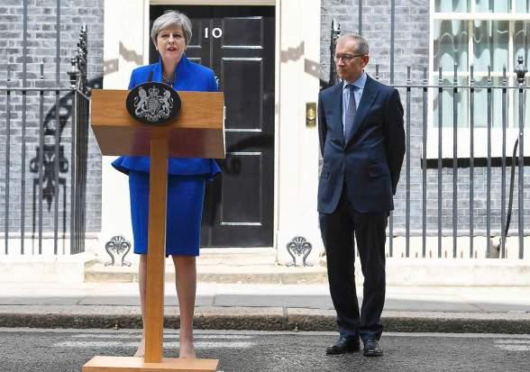 Theresa May Downing St morning after 2017 GE